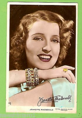 #F.  MOVIE FAN  POSTCARD - JEANETTE MacDONALD