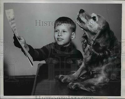 1958 Press Photo Mineral RIdge Ohio Ginger a singing pet owned by Frank Waser