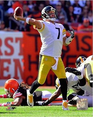 Ben Roethlisberger Pittsburgh Steelers 2014 NFL Action Photo RK001 (Select Size)