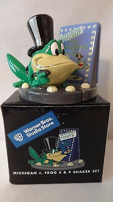 Warner Brothers 1999 Michigan Frog Top Hat Salt and Pepper Shakers MIB #H141