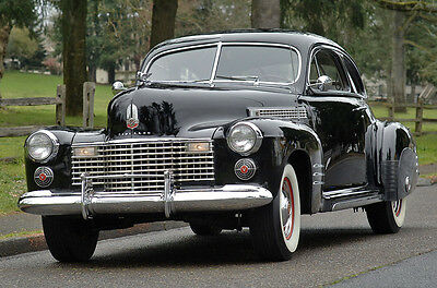 Cadillac : Other - Rare Series 61 Fastback Coupe - - Classic 1941 Cadillac Sedanette - Frame Off Restoration - Factory Black - CCCA
