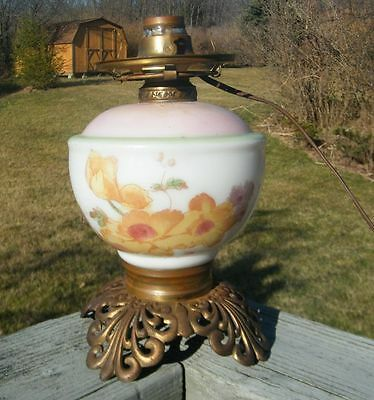 ANTIQUE OLD FLORAL DAFFODILS DAFFODIL FLOWERS OIL KEROSENE LAMP ELECTRIC LIGHT