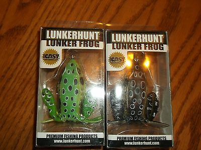 LUNKERHUNT-LUNKER FROGS-LOT OF 2 DIFFERENT COLORED BAITS