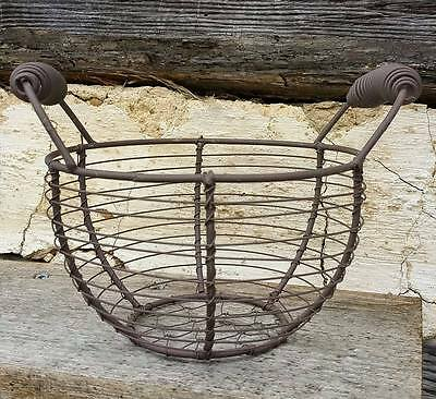 RUSTY WIRE BASKET BUCKET EGG  * PRIMITIVE FARMHOUSE GATHERING COUNTRY RUSTIC