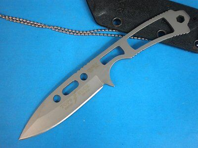 NEW BUCK680 Tops Full tang Fixed Camp Survival Neck Knives Hunting knife 7FK355