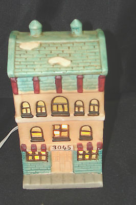 CERAMIC CHRISTMAS VILLAGE LIGHTED ROW HOUSE CORD & BULB # 3045