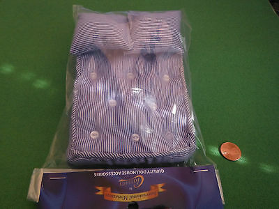 Dollhouse Miniatures Blue Double Bed Mattress & Pillows with Button Tufting 1:12