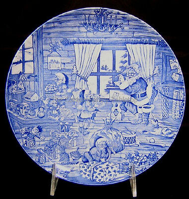 NEW! Spode SANTA'S BIG DAY - Busy Workshop Annual Christmas Plate toys blue
