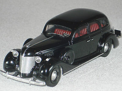 FINAL SALE!!! RUSSIAN GOVERNMENT STATE PRESIDENTIAL LIMOUSINE ZIS-101A 1/43