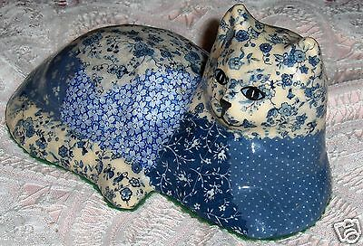 Vtg Blue White Floral Patchwork Cat Figurine Decoupage Kitten Kitty Paperweight
