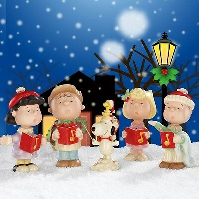 Lenox Peanuts Snoopy Charlie Brown Lucy Christmas Caroling Set of 5 Figurines