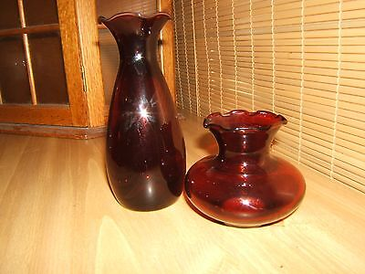 VINTAGE RUBY RED GLASS VASE BOTTLE RUFFLED TOP ANCHOR HOCKING