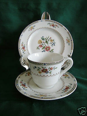 ROYAL DOULTON KINGSWOOD  TRIO Tea Plate  Cup Saucer TC1115