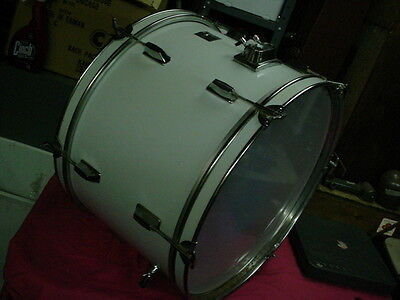 "Nice ROYCE  Pro Custom  D555PD  22"" Headsize  by 14"" White Bass Drum  No Res #11"