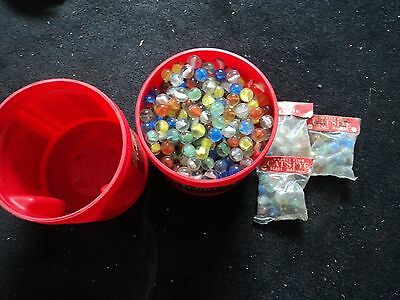 VINTAGE MARBLE KING GLASS MARBLES