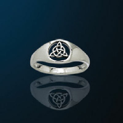 Dainty Celtic Knotwork Triquetra Ring  Charmed Symbol Trinity Knot