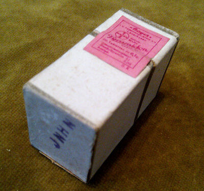 """ANTIQUE medical pharmaceutical """"PYRAMIDON-BAYER""""-unopened vial w.20 tabl.0.1g"""