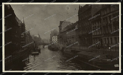 Vintage-Privat-Photo-Berlin-Mitte-Architektur-Jungfernstegbrücke