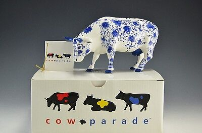Cow Parade - CHINA COW Figurine #9167 Rare In Original Box with Hang Tag