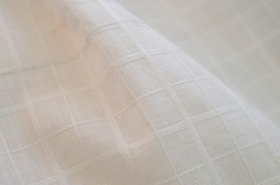 PP584 ANTIQUE WHITE COTTON  WINDOWPANE RARE YARDAGE REDUCED