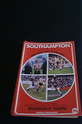Southampton V Mansfield town 27 August 1977
