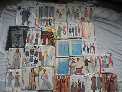 lot of 29 LADY SEWING PATTERNS clothing 1980s 1980 some uncut McCall Butterick
