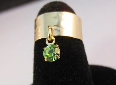 14 Kt Gold Plated Hammered Toe Ring With Peridot  ( August)Crystal Dangle