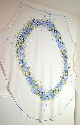 Gorgeous Large Oval Linen Tablecloth With Beautiful Floral Print Pp649