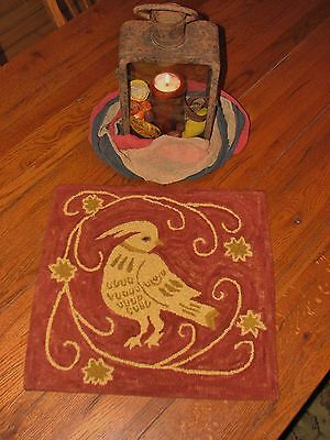 "Primitive Hooked Rug Pattern On Linen ""Redware Bird"""