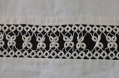 Beautiful Vintage Huck Damask Towel With Tatting Trim Pp704