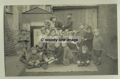tp3623 - Boys at Summertown Infants School 1924 - reproduction postcard