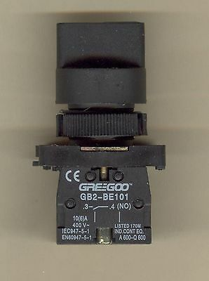 Greegoo GB2-ED33 3-Position Maintained Selector Switch w/ 2NO Contact Blocks xb2