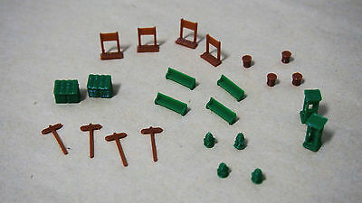 Outland Models Railway Park & Roadside Set Sign Phone Box Fire Hydrant.. Z Scale