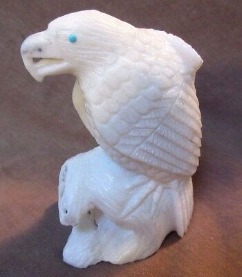 Zuni Amazing LARGE White Marble Eagle on branch by Derrick Kaamasee C0259