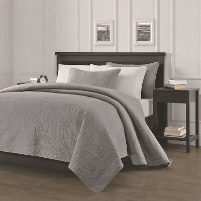 Pinsonic Quilted Austin Oversize Bedspread Coverlet  3-piece Queen Set, Gray