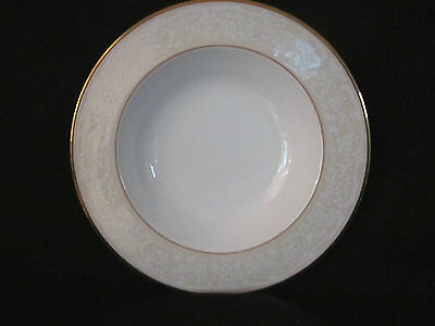 Noritake - WHITE PLACE - Rim Soup Bowl