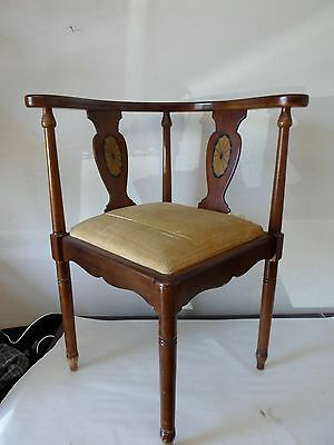 """Antique Vintage Corner Chair by Lane Earl's Court Collection 31""""H x  26""""W"""