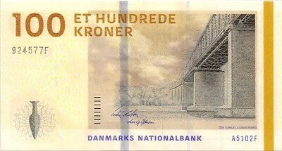 DENMARK 2009 100 KRONER BANK NOTE in a Protective Sleeve