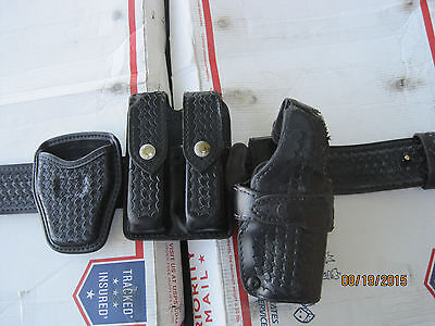 Police Duty Gun Leather Belt Security/Law with extras fits Ber 070-71 Lot K521