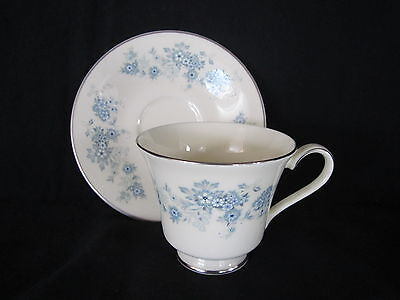 Royal Doulton - MICHELLE - Teacup and Saucer