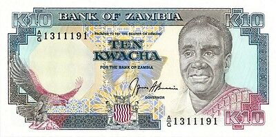 ZAMBIA 1989-1991 ND 10 KWACHA BANK NOTE in a Protective Sleeve