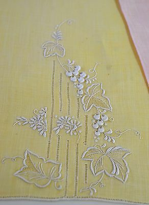 3 Glorious Hand Embriodered Linen Fingertip Towels In Pink, Yellow & White Rr9