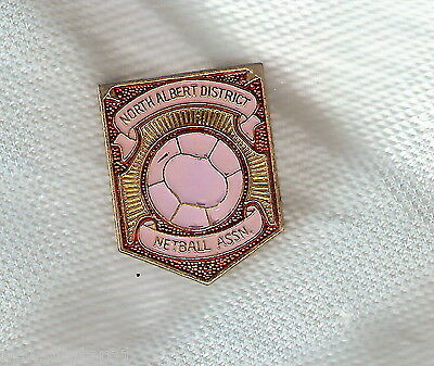 #d203.  North Albert  Netball Association   Lapel Badge