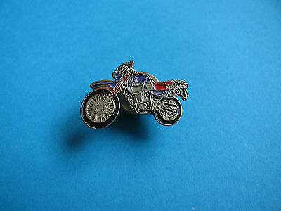 GILERA 350 Motorcycle Pin badge.