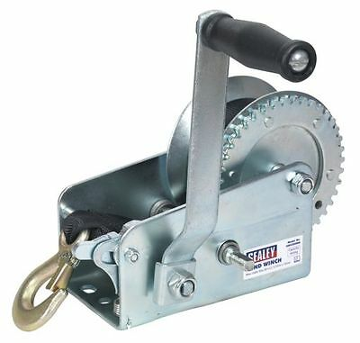 Sealey Geared Hand Winch 900kg Capacity with Webbing Strap GWW2000M