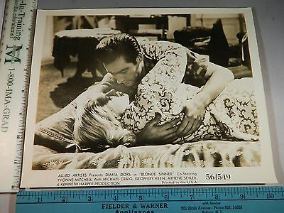 Rare Original VTG Diana Dors Michael Craig Blonde Sinner Movie Photo Still