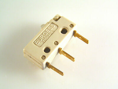 Burgess V4T6GP Microswitch 5A Push Button Action SPCO OM0606C