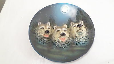 "3 Wolf 3D Resin Plate ""End of the Night"" 7 3/4"" Collector Plate"