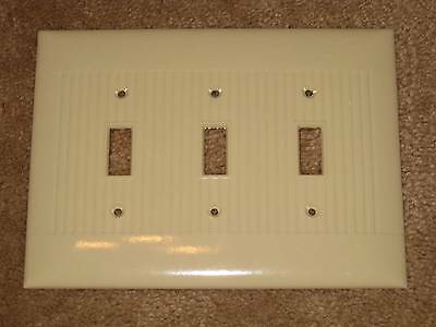 LG Vintage Mid Cent SIERRA BAKELITE Ribbed TRIPLE Light Switch Plate Cover Lines