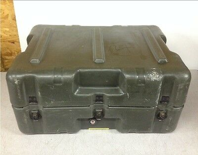 "Hardigg Pelican Military Green Storm Hard Plastic Watertight Case 25"" 20"" 11"""